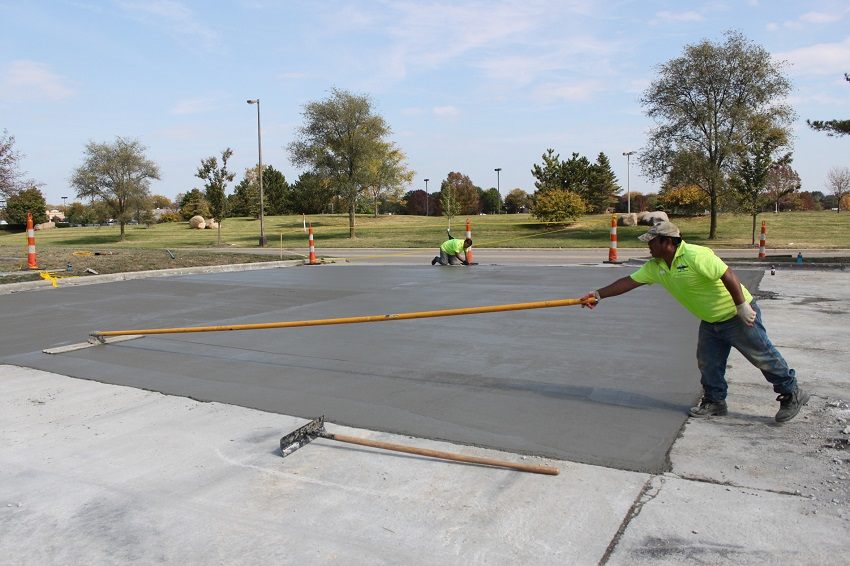 concrete-paving-americoat-contractor